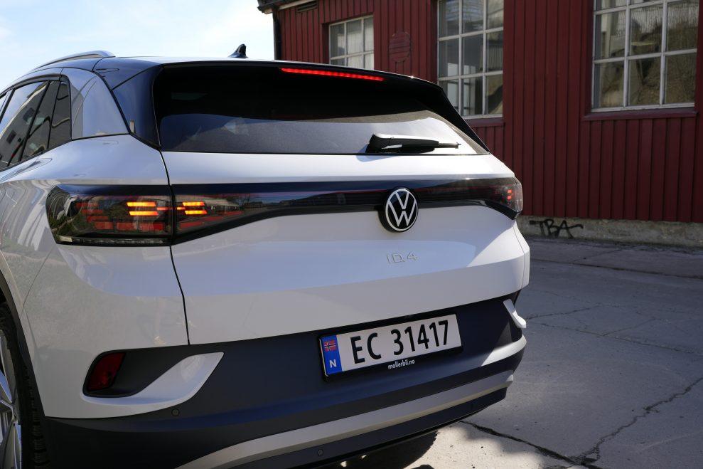 VW ID4 hvit bakende