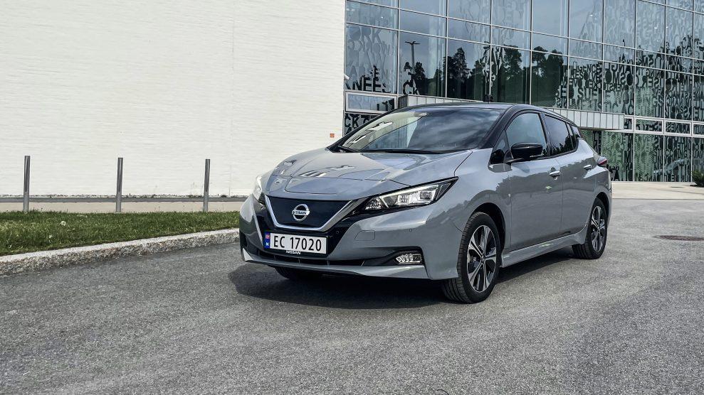 Nissan Leaf 2021 (4)