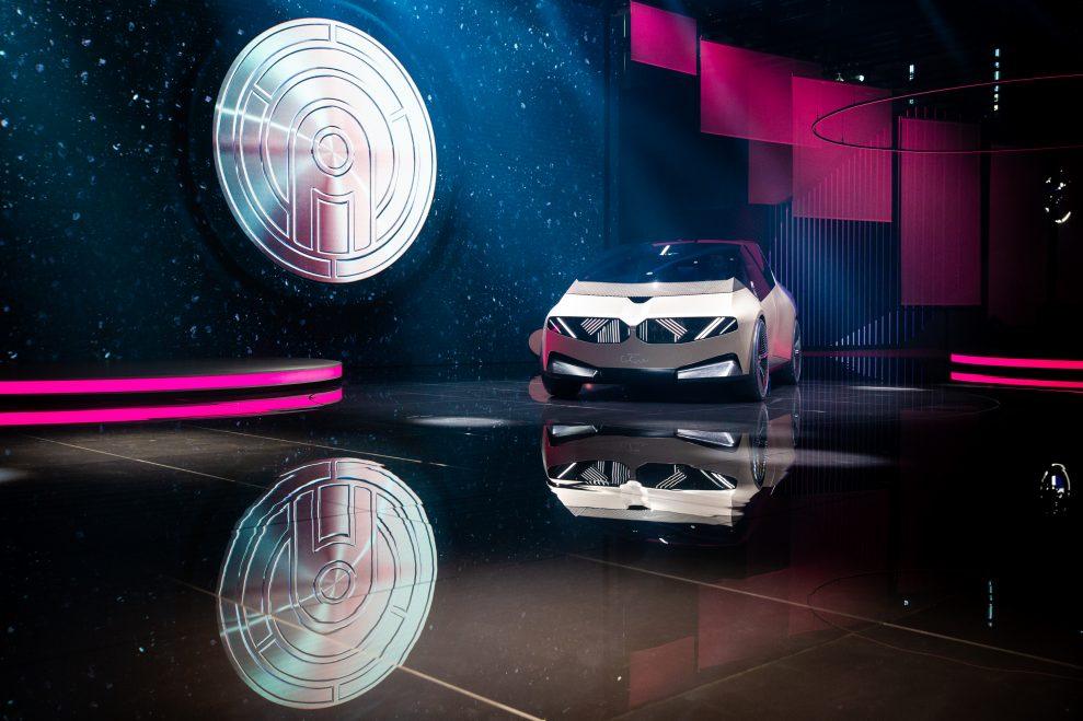 PK-BMW-7745
