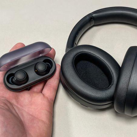 Sony WF-C500 & WH-XB910N-L&B scaled