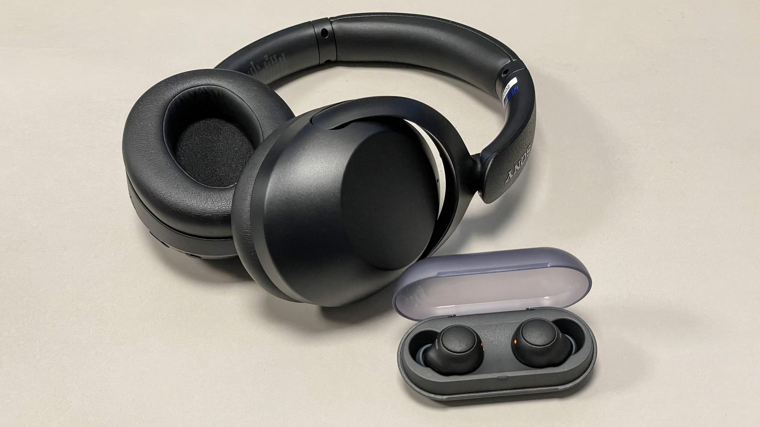 Sony WF-C500 & WH-XB910N(3)-L&B scaled